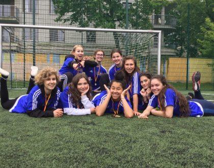 Mamy ZŁOTO - Mistrzostwa Mokotowa w piłce nożnej dziewcząt