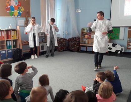 Wizyta studentów stomatologii
