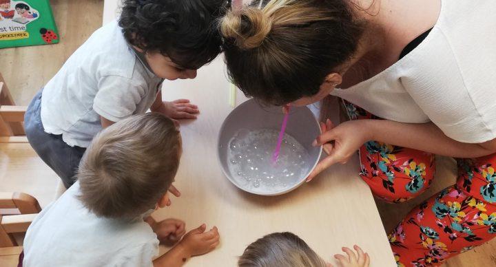 Eksperymenty z wodą i mydłem