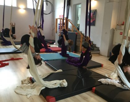 Gimnastyka na szarfach